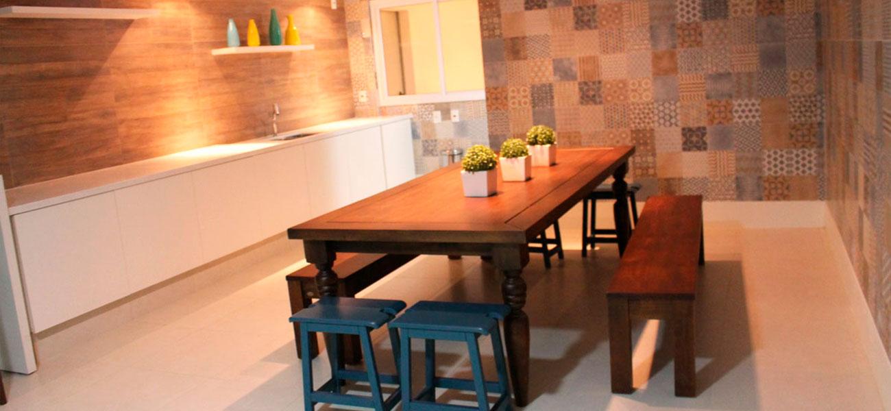 Mesa-de-madeira-2
